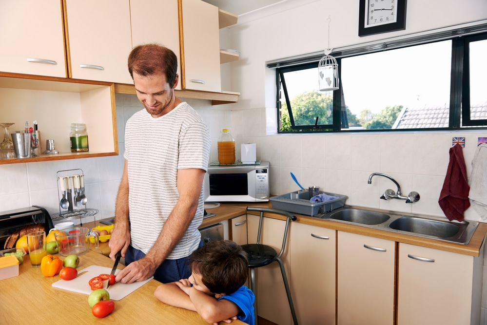 Can a Stay at Home Dad Receive Alimony in Miami, Florida?